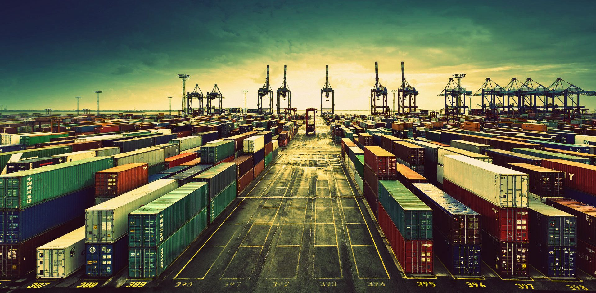 freight forwarding and storage